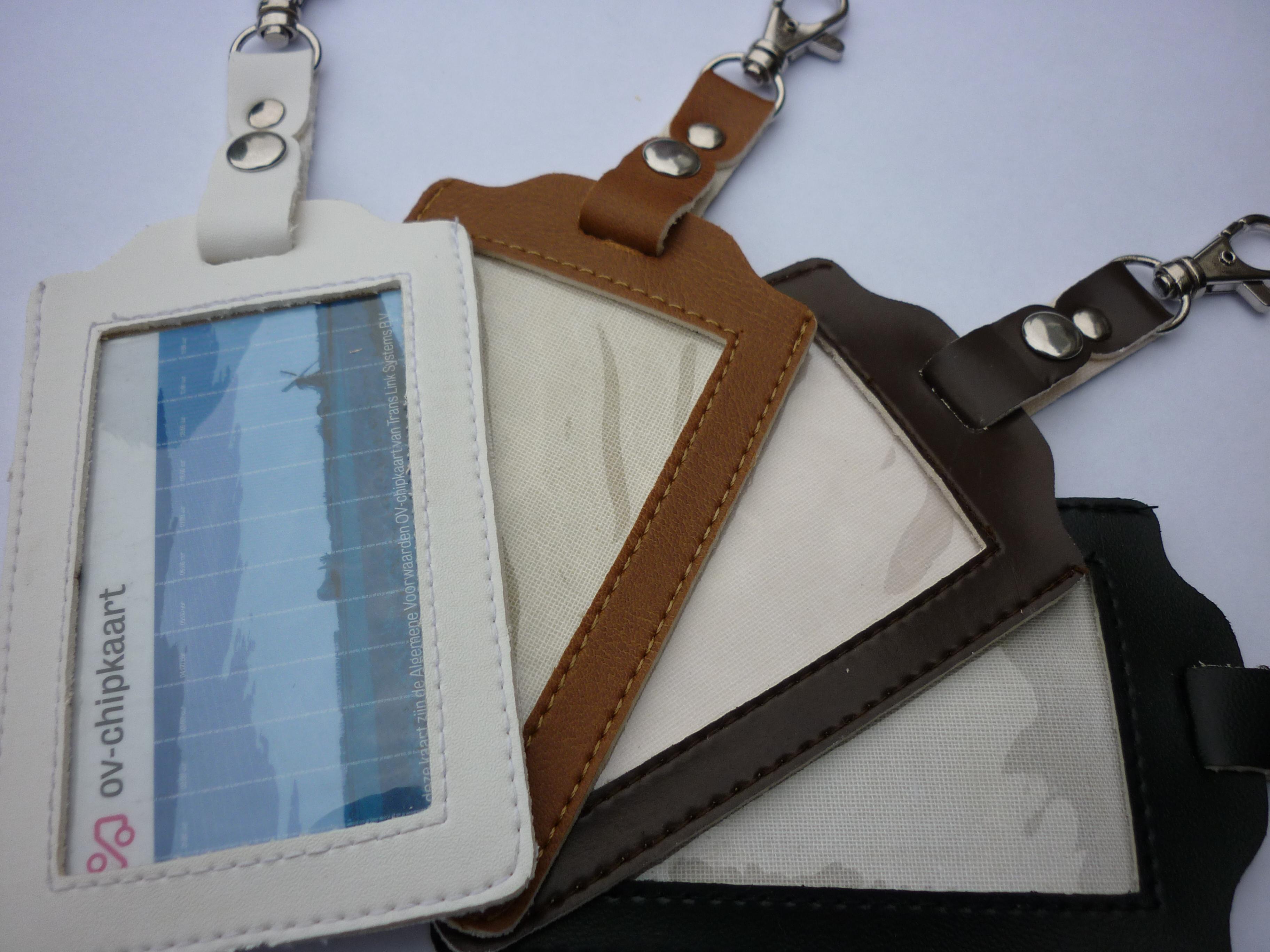 65971c2bfd8 OV chipkaart hoesje met jojo Accessories OVshop.nl OV chipkaart hoesje  transparant OV chipkaart kopen OV chipkaart hoesje met luxe keycord OV  Accessoires ...